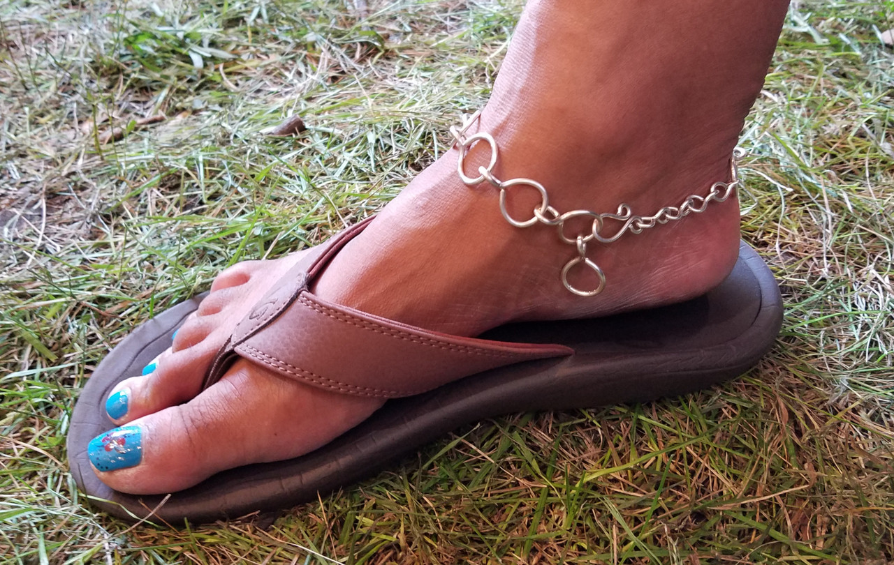 Global Chain Anklet