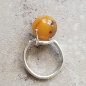 Amber pearl- shaped ring