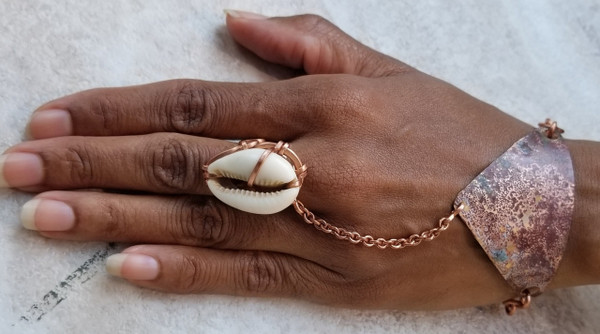 Cowrie Shell Pyramid Goddess Bracelet