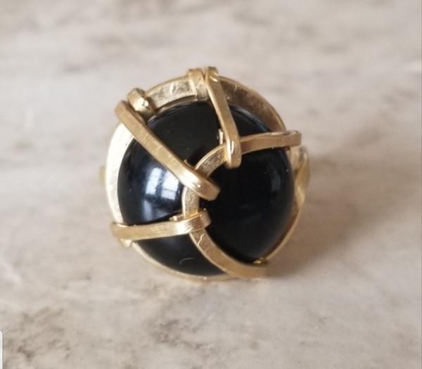 Onyx Ring- circular