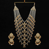 Wedding Collection White Color Kundan Necklace With Earrings