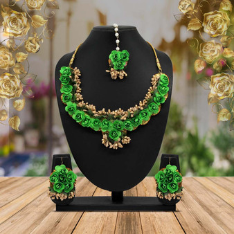 Green Color Synthetic Rose Floral Necklace Set