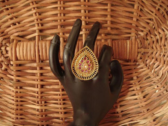 Antique Finger Ring With Beautiful Shape