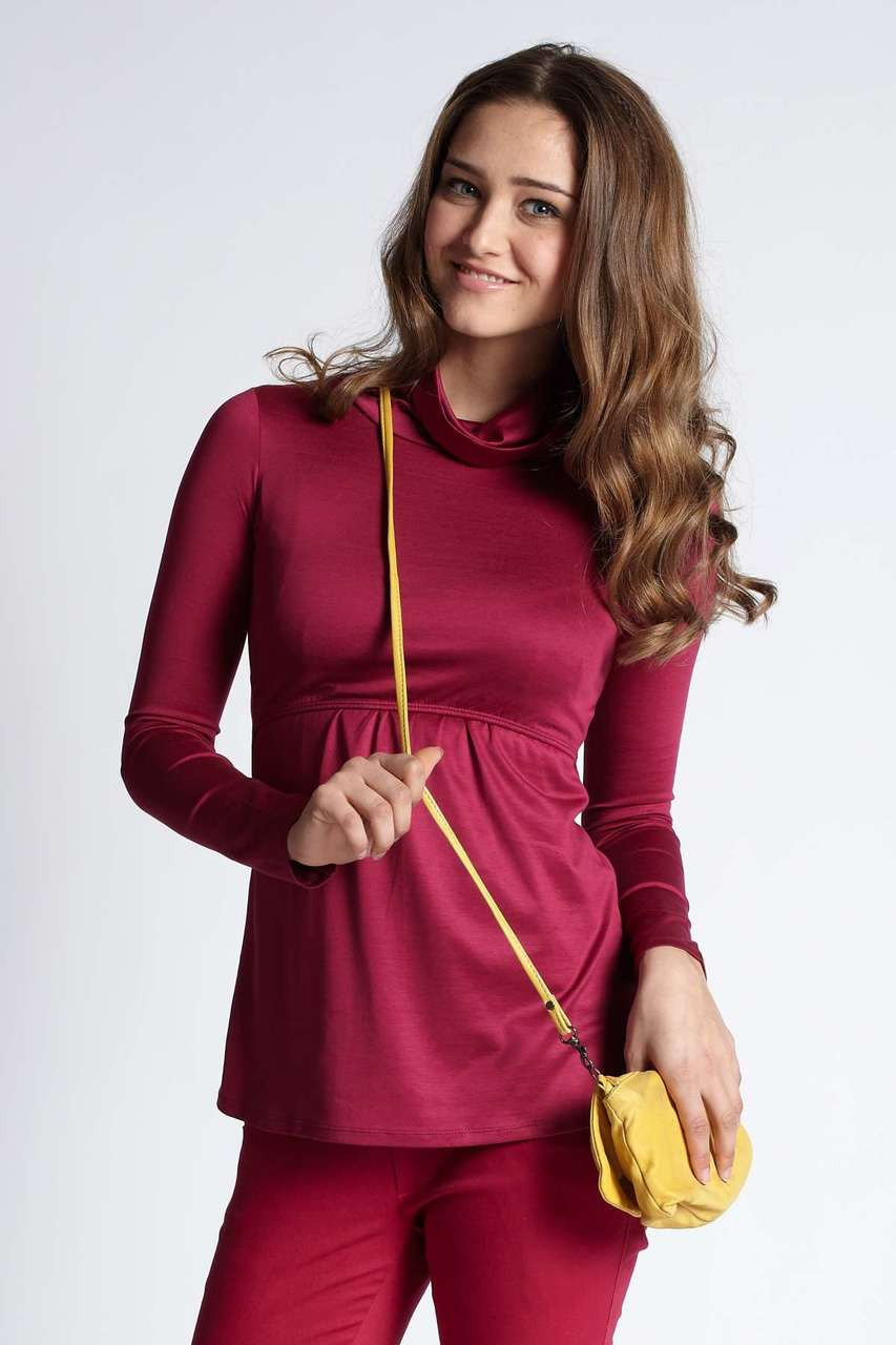 a95dfcfa792e9 Mothers En Vogue Must Have Turtle-Neck Long Sleeved Tee, Cherry Red -  Izzy's Mum