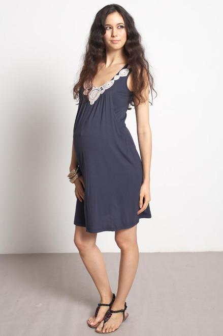 3a54611fad4 ... Mothers En Vogue Zahra Applique Nursing Dress