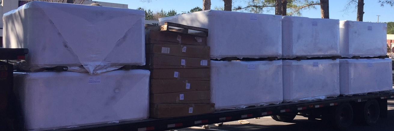 truckload-of-spas-2.jpg