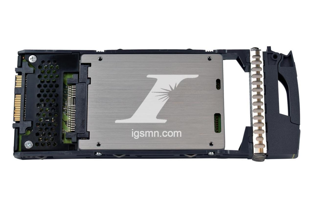 NetApp NetApp X446A-R6 200GB 6Gbps SAS SSD Hard Drive