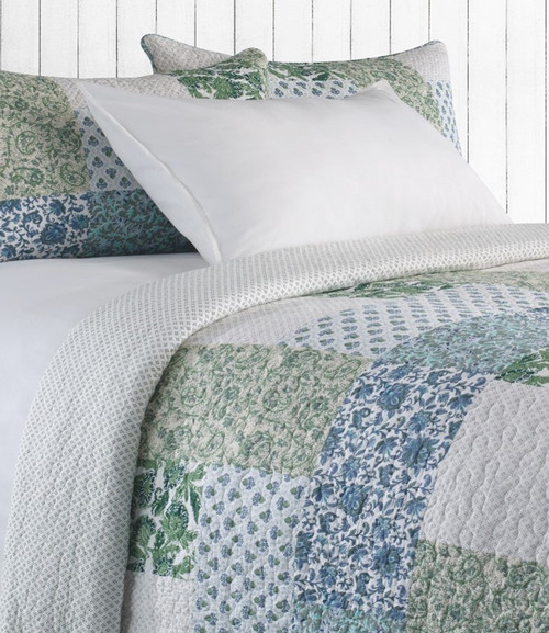 Cecile D/Queen  Coverlet + 2 shams