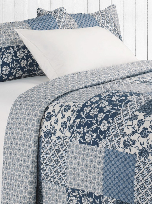 Edith blue and Ivory D/ Queen Coverlet + 2 shams