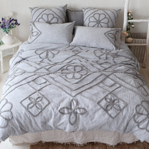 Sidonie Embroided Duvet Cover + 2 Shams - Queen