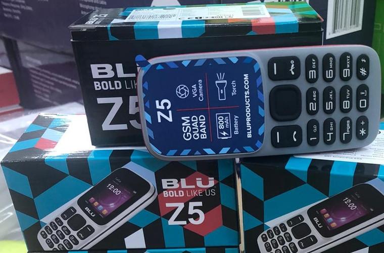 Blu Z5 (New)Sealed Box, Unlocked (Gray)