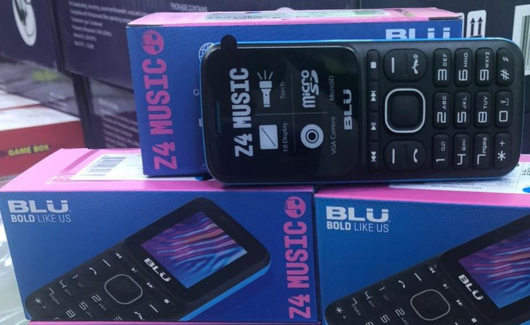 Blu Z4 (New)Sealed Box, Unlocked (Black/Blue)