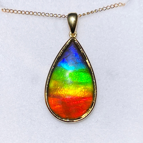 18K Gold Ammolite Pear Pendant Necklace 47GP