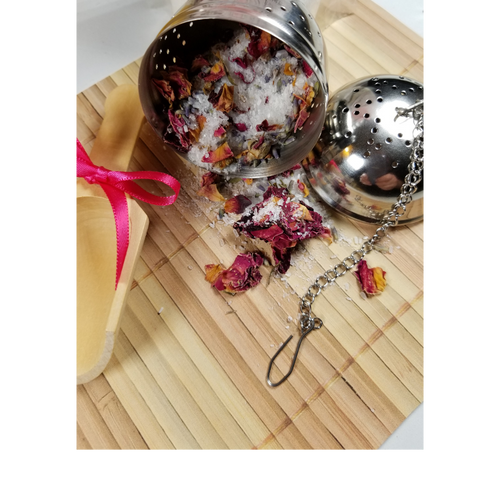 """Tub Tea Ball stainless steel, diam. approx. 5.5cm/ 2.17"""" Keep all those lovely herbs, flowers and teas out of the tub! Makes cleanup a breeze. Soak your cares away without the dread of a messy cleanup.  Instructions: Fill with your favorite Cornucopia Tub Tea Bath Salts, drop in the tub to dissolve and infuse botanicals. This Tub Tea Ball allows the botanicals to expand and infuse while the aroma fills the air. No messy clean up, simply empty the tub tea ball content into a paper towel and toss into the trash! Rinse and dry the Tub Tea Ball to be ready for your next body soothing soak."""