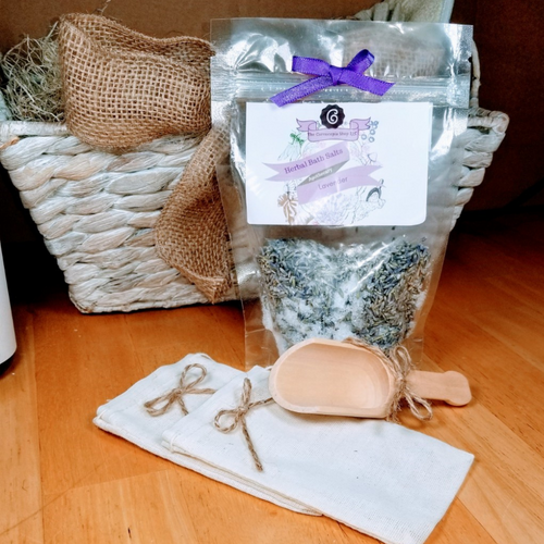 French Lavender Bath Salts: An aromatherapy spa time with organic French Lavender Superior buds, Epsom salts to relax rejuvenate and refresh mind, body, and spirit. Melt those cares away as you soak in a bit of luxury. All natural, no added dyes.  Includes:  1- 4 oz French Lavender Bath Salt  Ingredients: Organic Lavender- Super French, Epsom Salts, Lavender Essential Oil  accessories not included