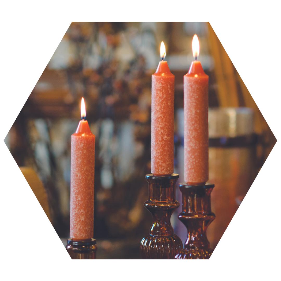 dinner-candles-fall-rust-website-hexagon.png