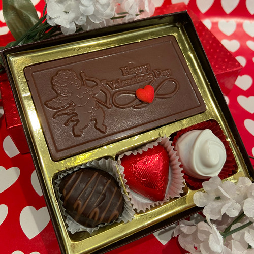 3 pieces of assorted chocolates w/ a chocolate Valentines card