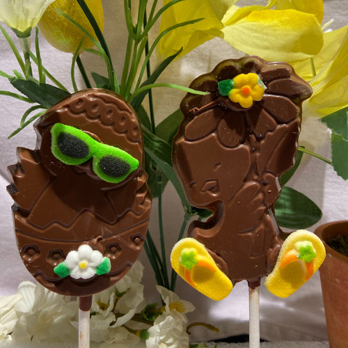 Easter Chick Lollys having beach fun