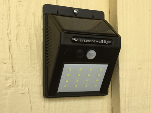 Outdoor Motion Sensor Solar 16-LED Security / Nightlight