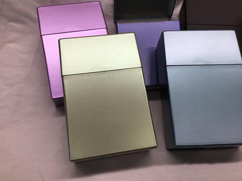 Colorful filp-top king size plastic cigarette case