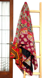 Kantha Quilt | Queen | Red & Brown & white | Floral Pattern | Recycled Saris | Handmade in Bangladesh
