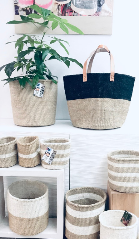 Kiondo Basket - Two-Tone Natural and Black | Large - Shopper, Storage, Decor