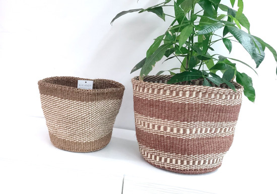 Kiondo Basket - White & Rust Stripes | 10"