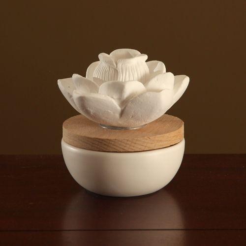 Relaxus Aroma Lotus Ceramic Diffuser |  SKU: 517090 | UPC 628949170907