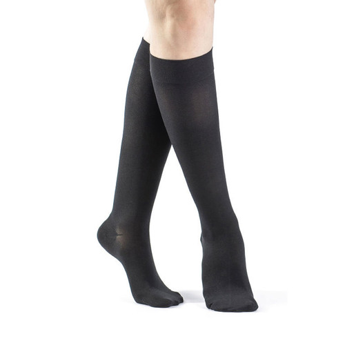 Sigvaris Select Comfort Women's Calf High Compression Stockings Black Closed Toe With Grip Top Small Short | 862CSSW99S | 745129199784