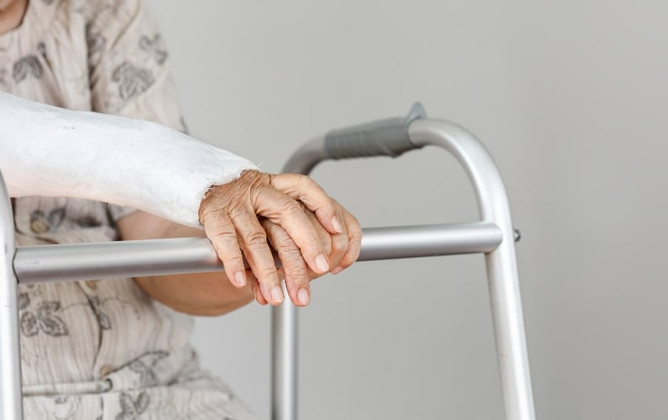 Increasing Mobility and Stability with Rollator Walkers
