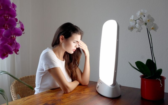 How to Beat the Winter Blues With Light Therapy