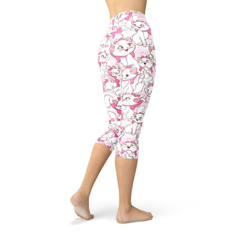 Winter Capri Leggings - Marie with her Pink Bow