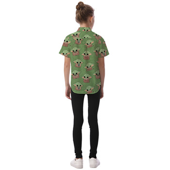 Kids' Button Down Short Sleeve Shirt - The Child Catching Frogs
