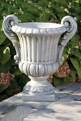 Double Handled Florentine Urn 28 inch