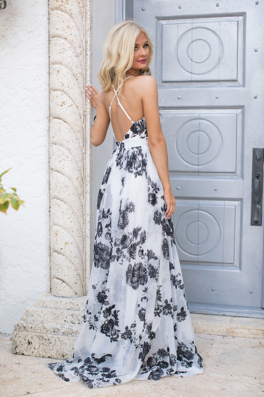 5466b246e1 Beautiful Drama Floral Maxi Dress - The Pink Lily