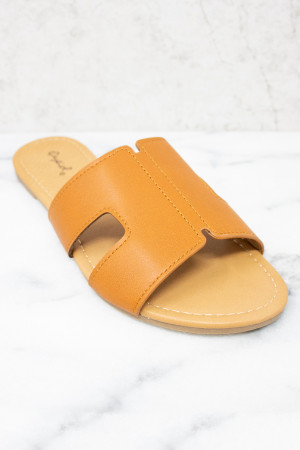 2b41ed10a3d6a Must Have Spring & Summer Casual Sandals for Ladies