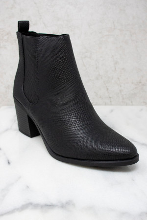 7bec6473780 Get Cute Boutique Booties At Pink Lily For Shoes That Are Everything!