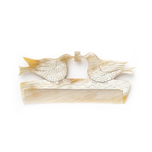 Doves Comb