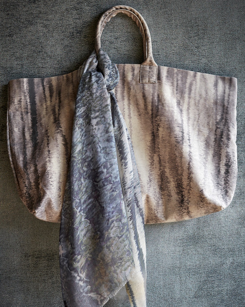 Reflection Weekend Tote Grey
