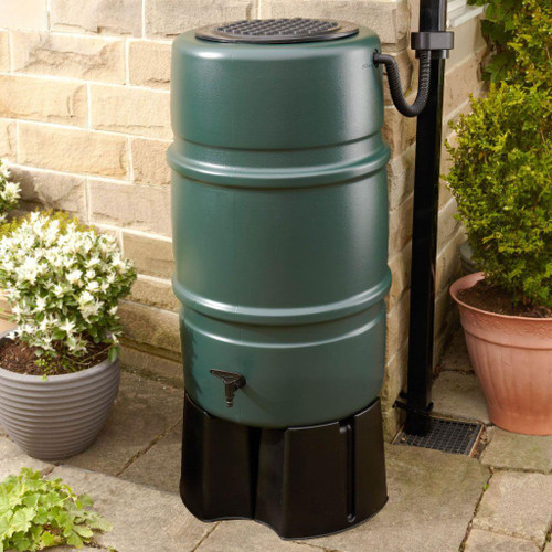 Harcostar 227 litre water butt kit. Includes Harcostar stand, rain trap and diverter