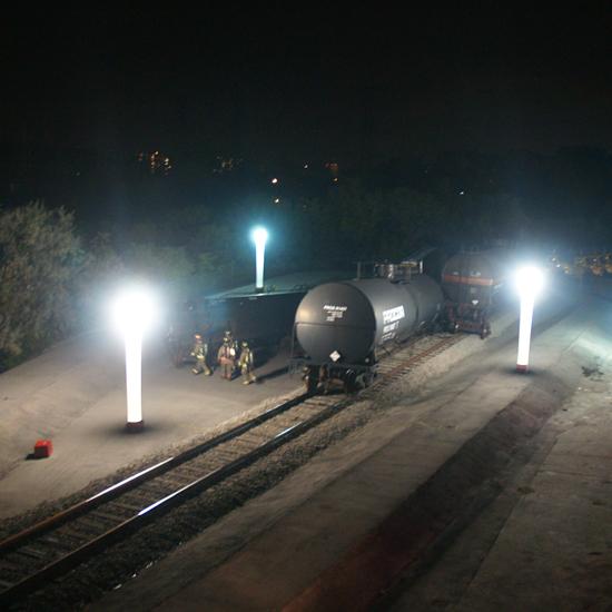 Luminite 15' & 7' Inflatable Light Tower