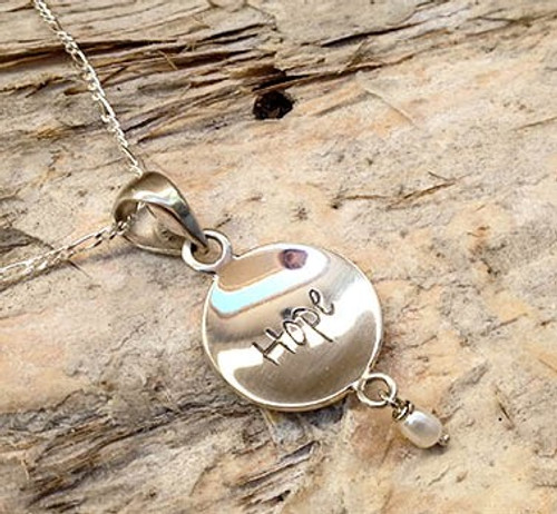 Poetic Charm Pendant - Hope