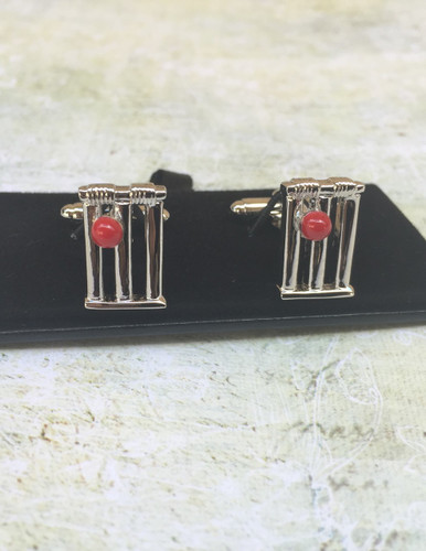 Men's Cufflinks - Cricket Balls & Stumps