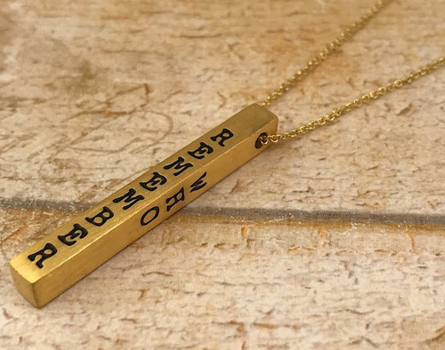 Inspiration Bar Necklace - Remember Who You Are