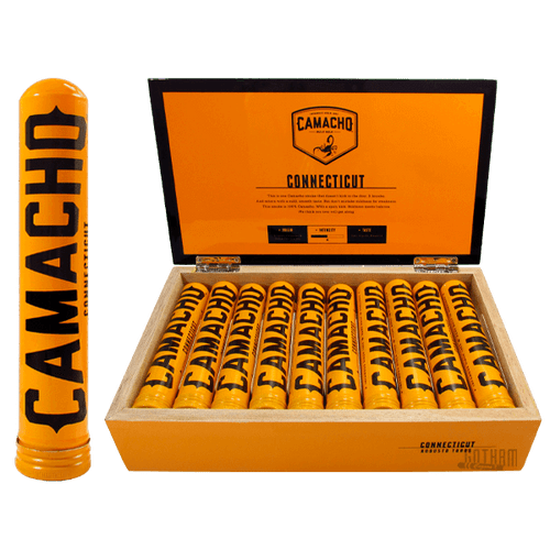 Camacho Connecticut Robusto Tubos Open box and stick