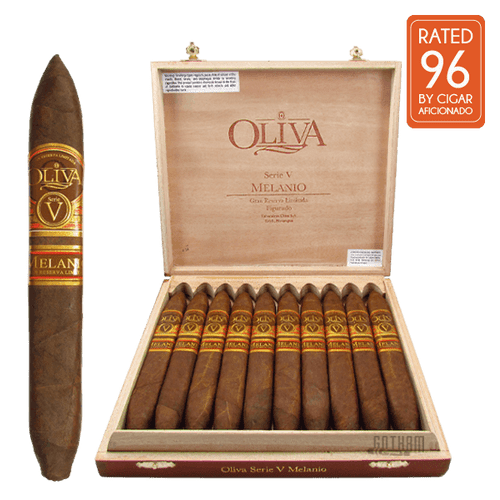 Oliva Serie V Melanio Figurado open Box and Stick