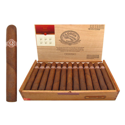 Padron 5000 Maduro Open Box and Stick