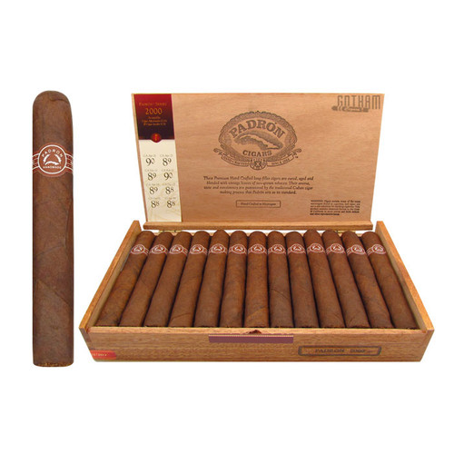 Padron 2000 Maduro Open Box and Stick