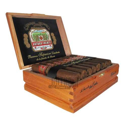 Arturo Fuente Don Carlos Robusto Box