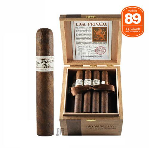 Liga Privada T52 Robusto open box and stick
